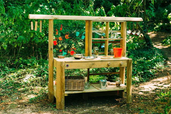 Plum Discovery Mud Kitchen
